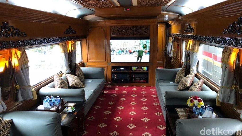 Kereta Wisata yang Bawa Jokowi Disewa, Begini Fasilitasnya