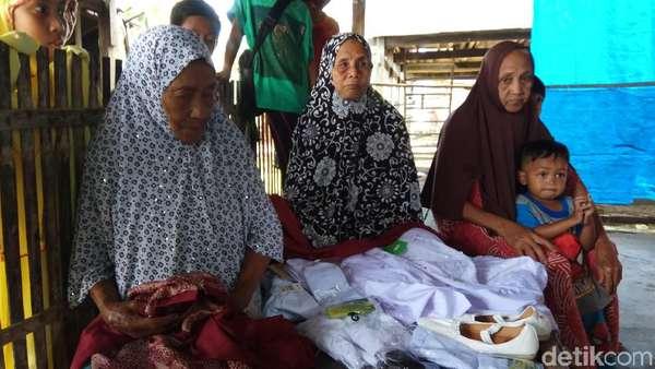 Masya Allah! Teganya Abu Tours Menipu Tiga Nenek Ini