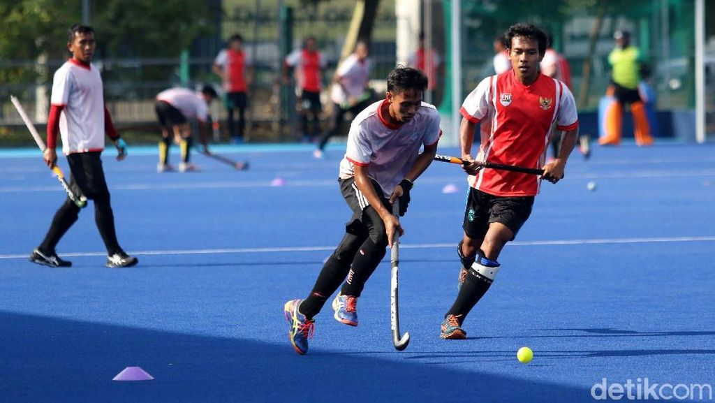 Melihat Latihan Timnas Hoki Indonesia