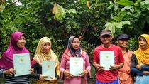 Dapat Sertifikat Tanah Gratis, Usaha Petani Ini Berlipat