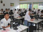 UN, Soal HOTS, dan Kompetensi Guru