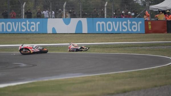 Selain Rossi vs Marquez, Ada Insiden Zarco vs Pedrosa