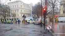 Mobil Misterius Dicegat Dekat Istana Buckingham, 1 Pria Ditahan