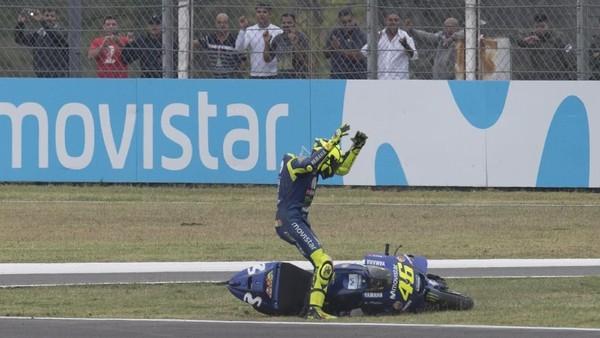 Agostini Tepis Sebuah Tudingan Rossi ke Marquez
