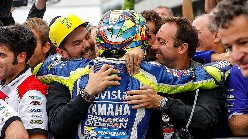 Potret Kedekatan Uccio dengan Rossi