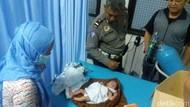 Bayi Dalam Kardus Dibuang di Rumah Warga, Kondisi Masih Hidup