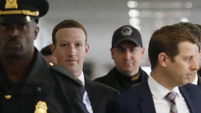 Mark Zuckerberg datang ke parlemen AS. Foto: Reuters