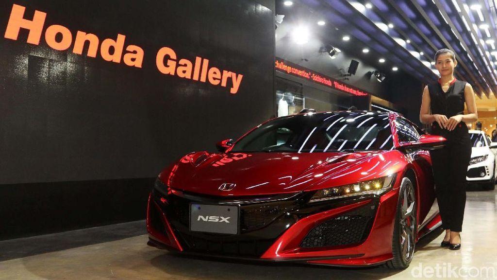 Wah, Honda NSX dan Motor MotoGP Sapa Jakarta