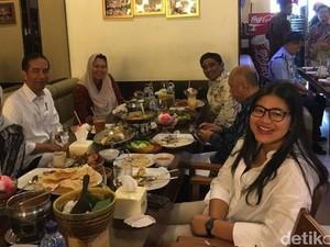 Pose Makan Iriana Jokowi yang Sederhana dan Melly Bradley Doyan Makan Enak