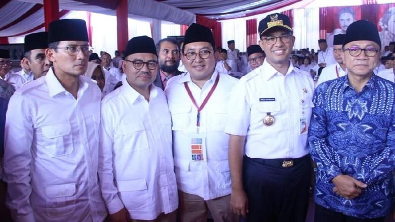 Foto: Anies-Sandi Hadiri Rakornas Gerindra di Rumah Prabowo