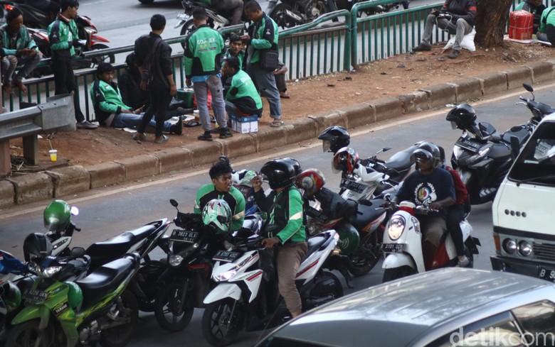 Motor Kurang Aman untuk Jadi Angkutan Umum, Ini Kata Ojek Online
