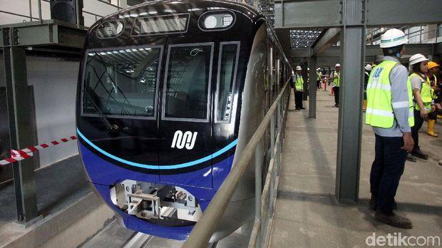 Penampakan MRT dari luar