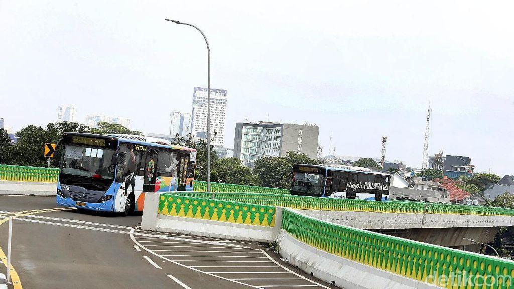 Penumpang TransJ Koridor 13 Meningkat Usai Jam Operasional Ditambah