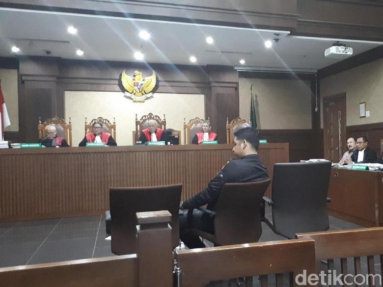 Cecar Anak Buah Fredrich, Jaksa KPK Singgung Bakpao Lagi