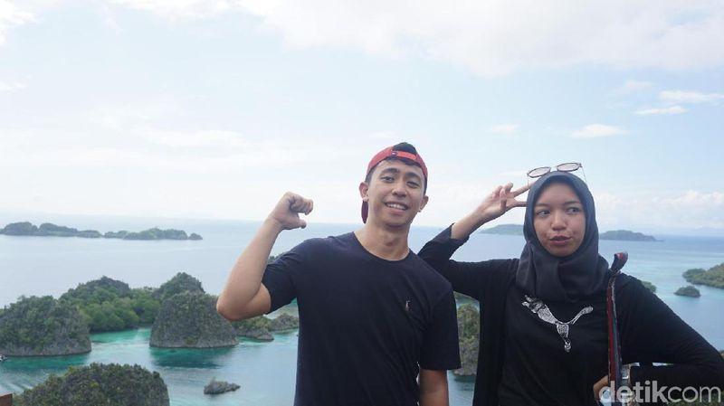 Inilah Andromeda Noholo dan Oktavia Sari Wijayanti, d'Traveler yang beruntung diajak detikTravel dan Tiket.com ke Raja Ampat (Shinta/detikTravel)