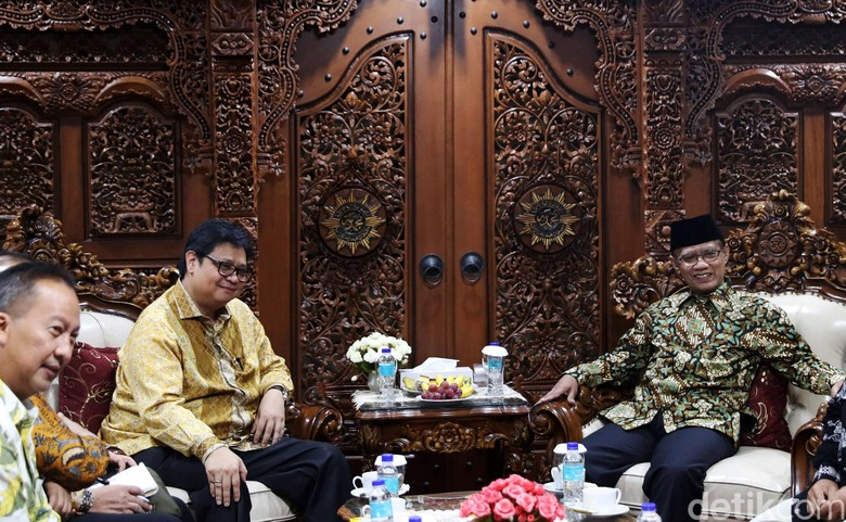 Jelang Pilpres, Airlangga Ajak Warga Muhammadiyah Gabung ke Golkar
