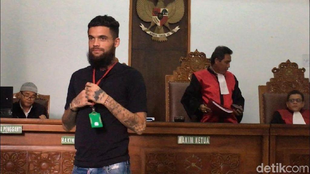 Usai Sidang Kasus Penganiayaan, Diego Michiels Mendadak Emosi