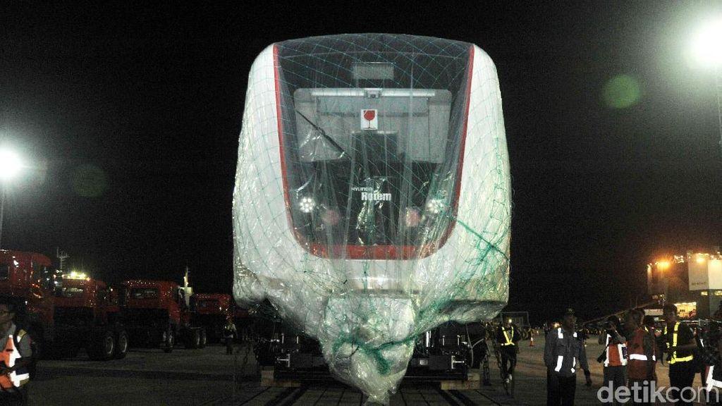 Jakpro Cari Partner Garap LRT Jakarta Fase II