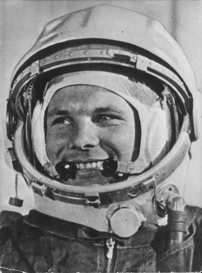 Yuri Gagarin, manusia pertama yang ke luar angkasa. Foto: Getty Images