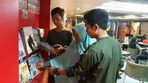 Radmiadi dan Kisah Pojok Baca di Kapal Feri Selat Sunda
