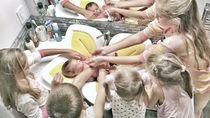 6 Bersaudara Ini Akur Banget, Adem Deh Melihatnya