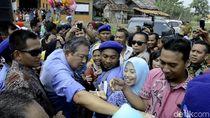 Ketika SBY Dengarkan Curhat Para Petani di Batang