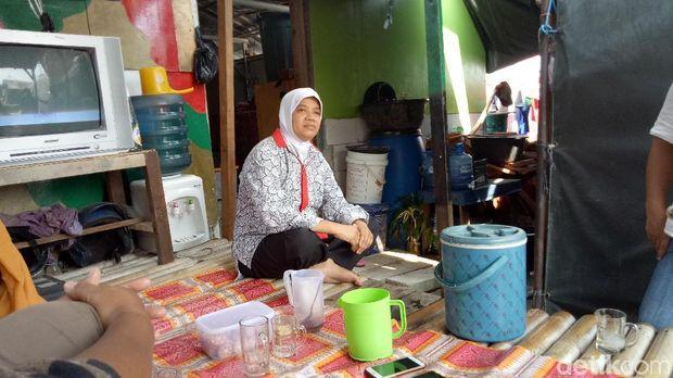 Tenda di Kampung Akuarium, Penjaringan, Jakut, Sabtu (14/4/2018)