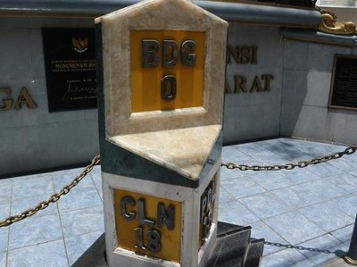 Kisah di Balik Titik Nol Kilometer Kota Bandung