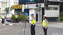 Polisi Selesai Olah TKP Model Tabrak Driver Ojek Online di Harmoni