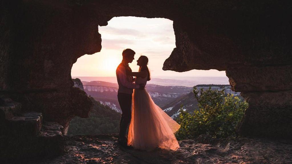Ini Lho Penyebab Anak SMP Menikah di Usia 15 Menurut Psikolog