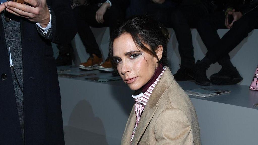 Victoria Beckham Desain T-shirt Spice Girls, Tujuannya Mulia