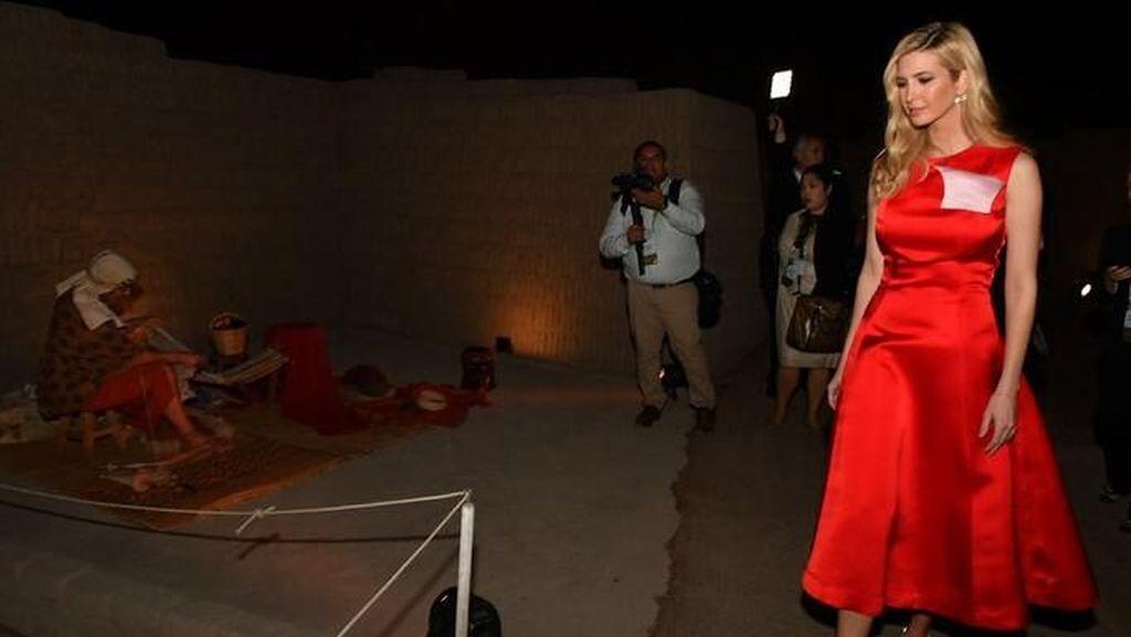 Foto: Mewah! Intip Gaya Ratusan Juta Ivanka Trump di Peru