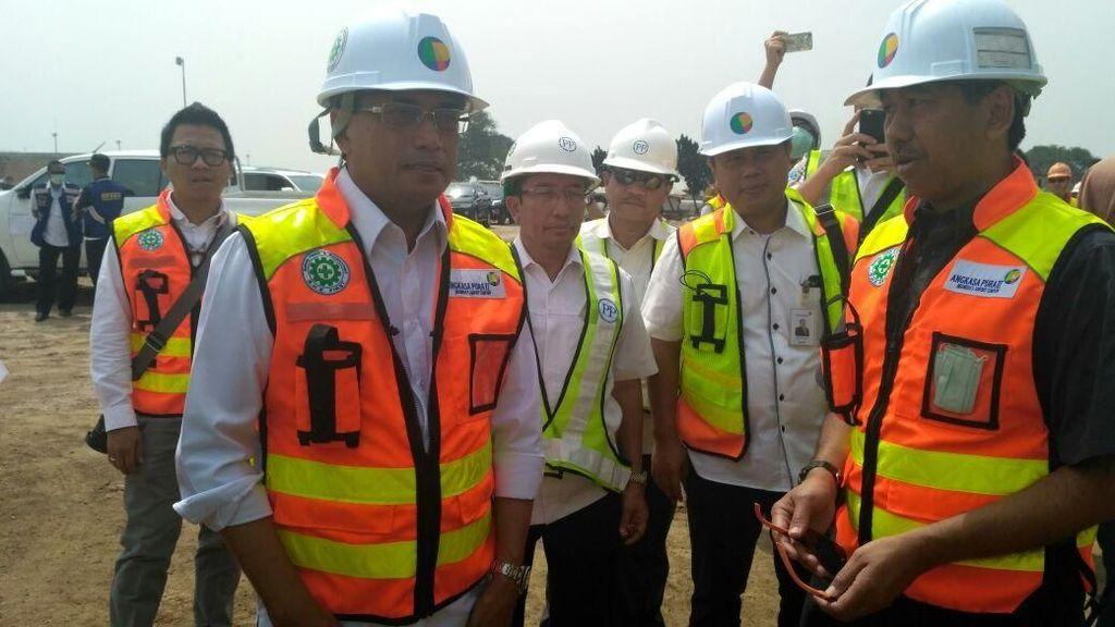 Pembangunan Runway Bandara Soetta Pakai Program Padat Karya Tunai