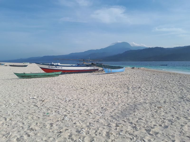 Pulau Pisang merupakan kecamatan yang berada di wilayah Kabupaten Pesisir Barat Lampung. (Mercy Raya/detikTravel)