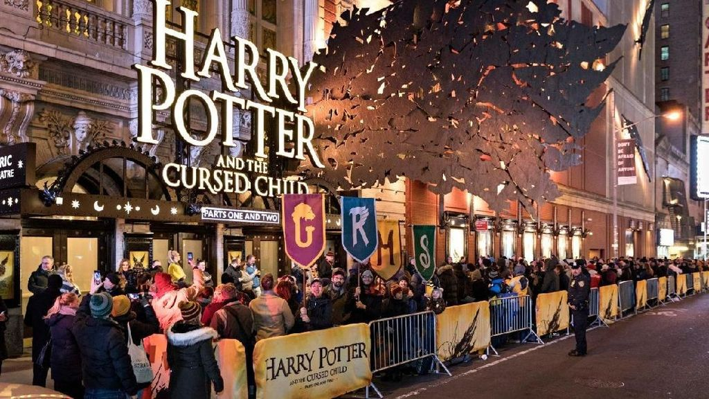 Pertunjukan Teater Harry Potter Dibuka di Broadway New York