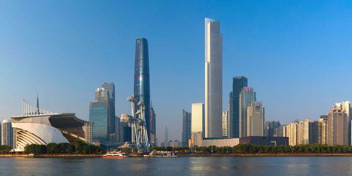 China punya banyak menara tinggi, salah satunya CTF Finance Centre dengan ketinggian 530 meter. Foto: Getty Images