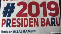 Relawan Rizal Ramli Bagi-bagi Stiker #2019PresidenBaru di Aceh