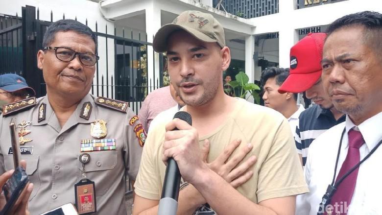 Hirup Udara Bebas, Riza Shahab dkk Jalani Rehab Rawat Jalan