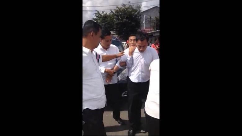 Di-OTT Lari Terbirit-birit, Pegawai Pajak Sedang Peras Rp 50 Juta
