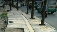 Sesalkan Tulisan Allah di Trotoar Bandung, MUI: Haram Hukumnya