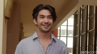 Perankan Karakter Tunanetra, Reza Rahadian Banyak Dapat Pelajaran Hidup