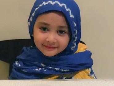 Gadis cilik yang akrab dipanggil Miya ini imut banget deh. (Foto: Instagram/shelomitadiah)