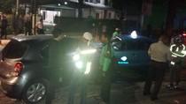 Tabrakan City Car dan Taksi di Kebayoran Baru, 1 Orang Tewas