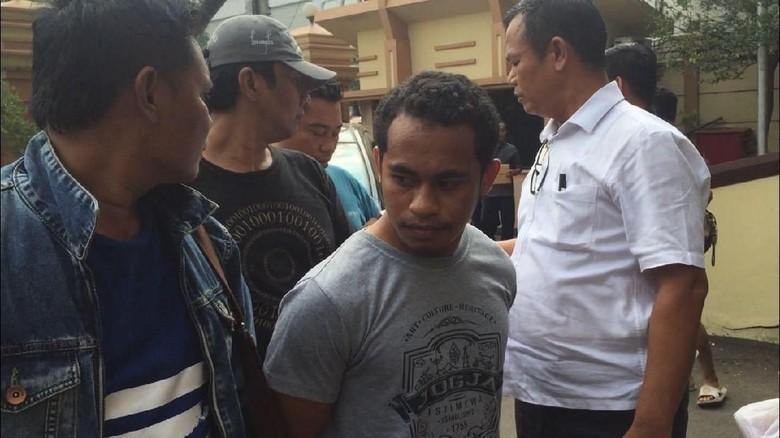 Pelaku Bunuh Pria di Cawang karena Minta Foto Porno