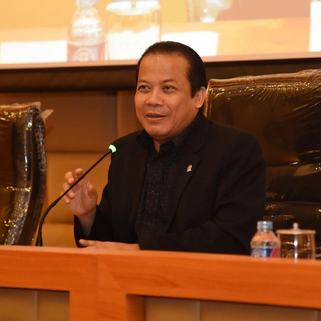 Amien Rais Tuding Jokowi Down, PAN Ungkit Survei Ahok di 2017