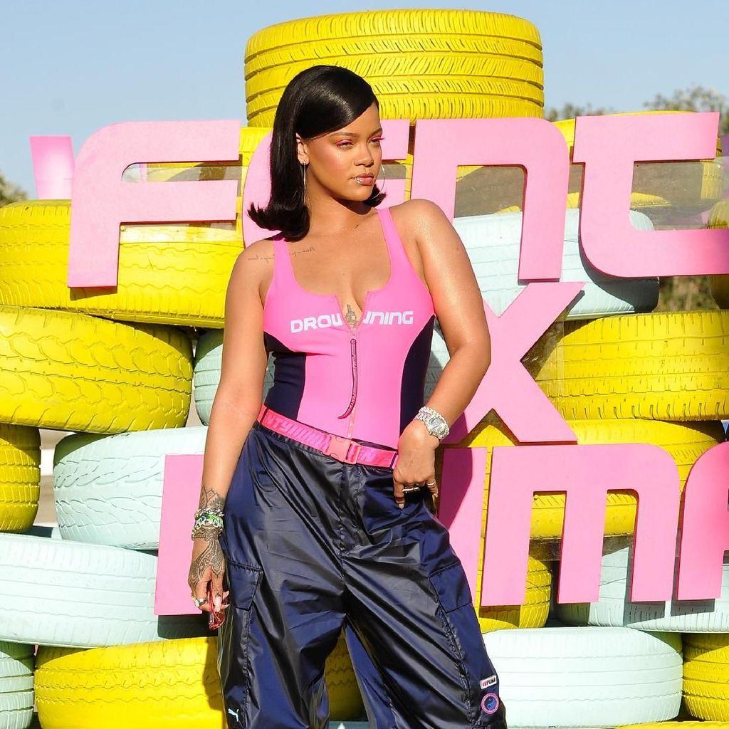 Teka-teki di Instagram Rihanna, untuk Lagu Baru?