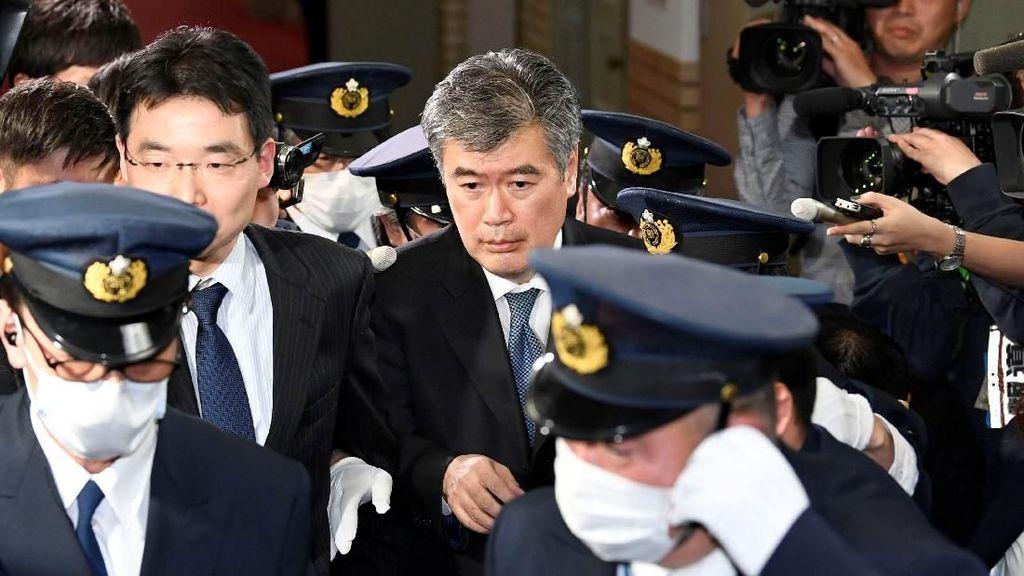 Pejabat Keuangan Jepang Mundur Usai Dituduh Lecehkan Wartawati