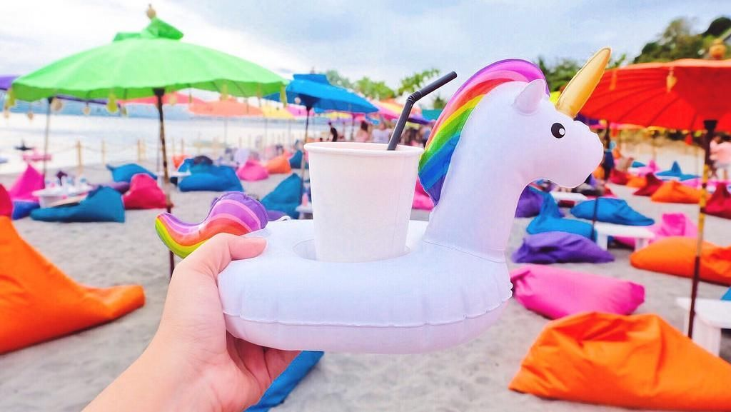 Di Pulau Unicorn Ini Ada Mojito yang Segar dan Instagrammable