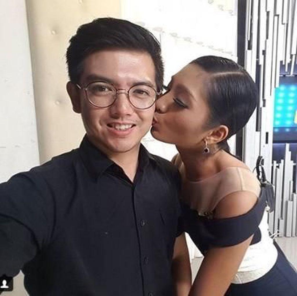 Cerai, Nicky Tirta & Liza Elly Saling Sayang dengan Cara Berbeda