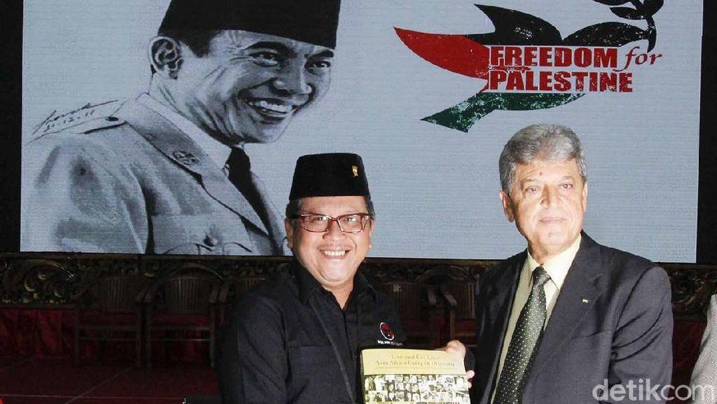 Sekjen PDIP Terima Kunjungan Dubes Palestina